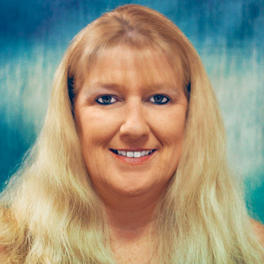 Angela Radcliff - Customer Service, IDS Naples